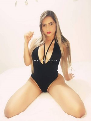Imen escorte girl
